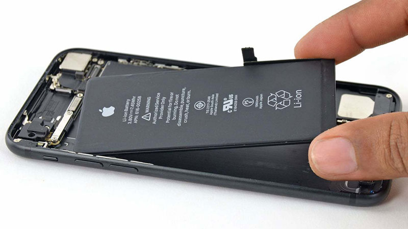 dung-luong-pin-khung-iphone-11-pro-max-lock