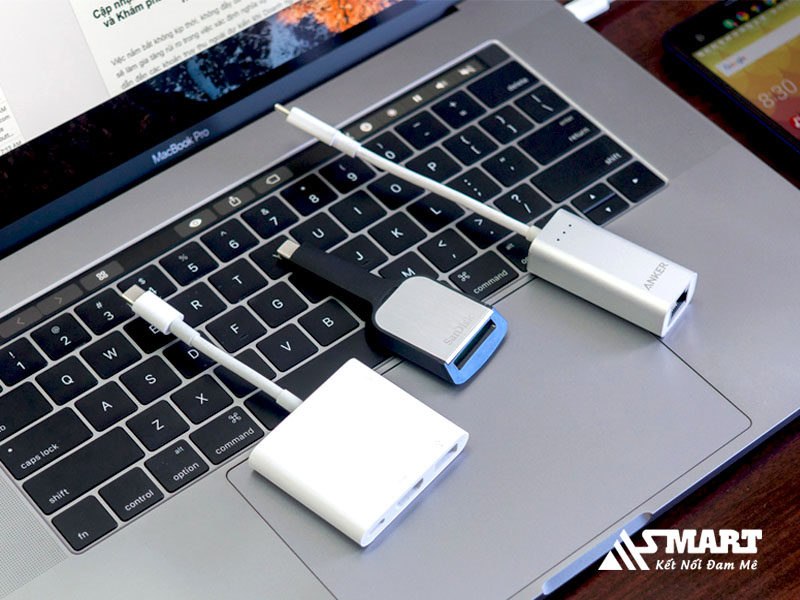 sac-pin-qua-cong-usb-cua-tv-laptop