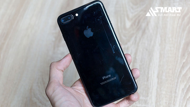 iphone-7-bi-tray-xuoc-do-dau