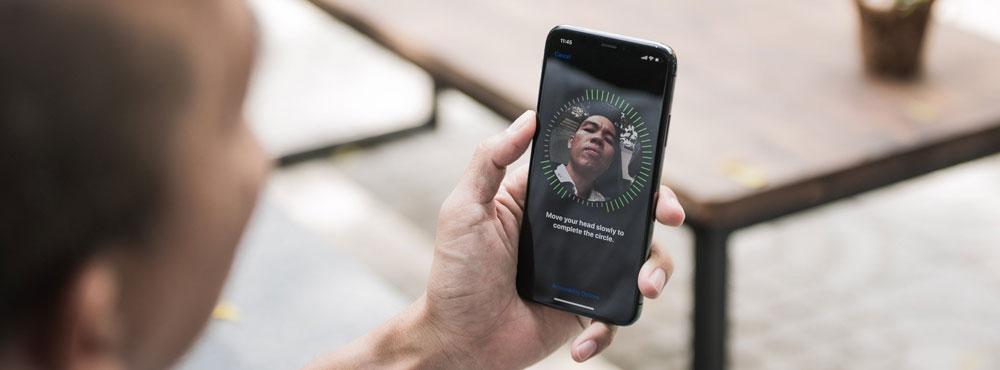 face-id-tren-iphone-se-2020-hoan-hao