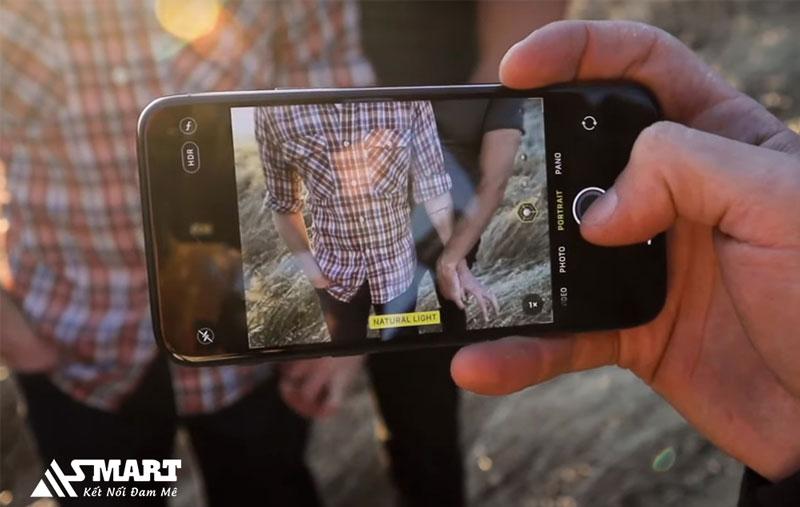 iphone-11-trang-bi-camera-chup-chuyen-nghiep