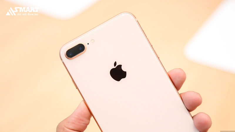 iphone-8-plus-chinh-hang-lien-tuc-giam-gia