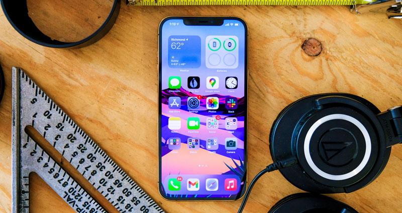 iphone-12-pro-tich-hop-man-hinh-super-retina-oled-rọng-6-7-inch