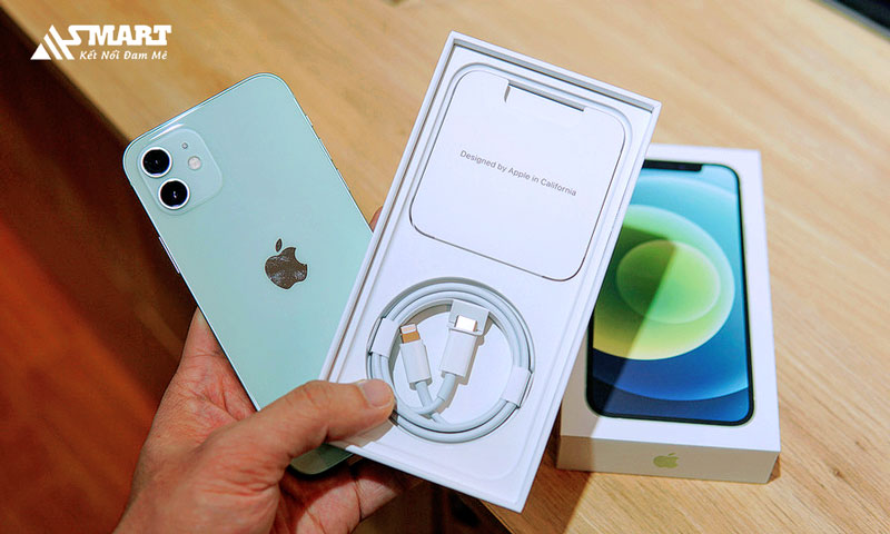 apple-dam-phan-tai-brazil-de-ban-iphone-khong-kem-cuc-sac-trong-hop