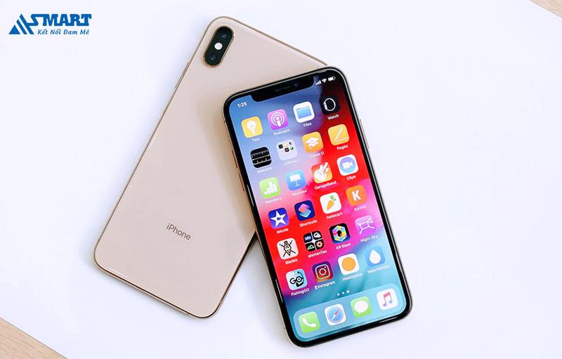 iphone-xs-so-huu-thiet-ke-sang-trong