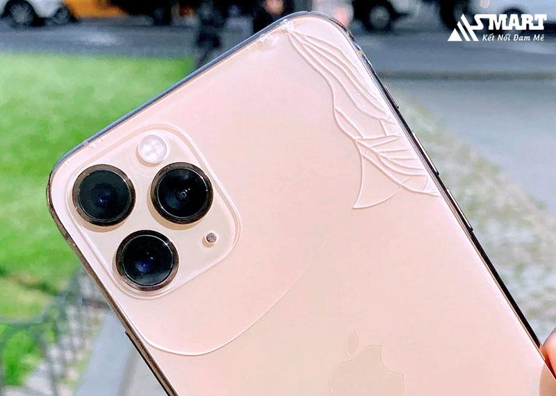 thay-nap-lung-anh-huong-den-iphone-11-pro-max-khong
