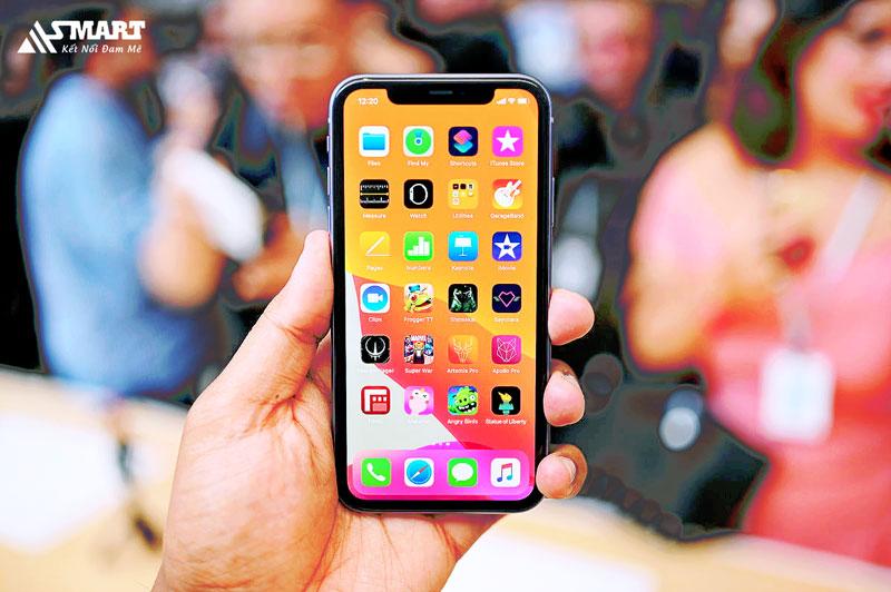 man-hinh-iphone-11-nam-2021-van-rat-dinh