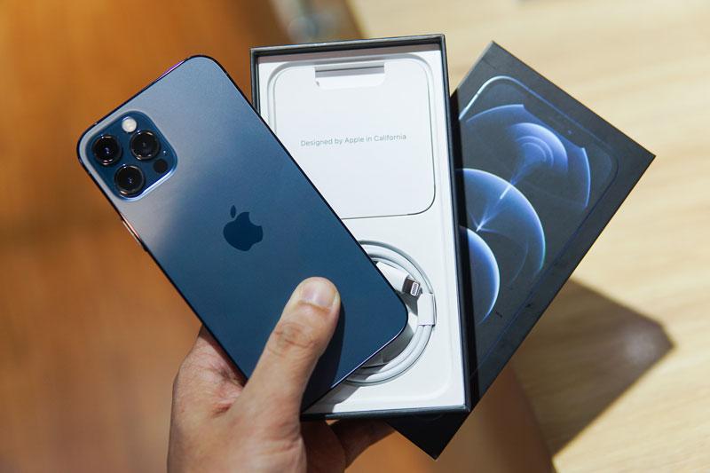 iphone-12-pro-gia-re-dang-de-doa-hang-chinh-hang-2-asmart